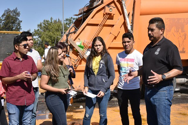 ¡Estudiantes de Nayarit visitan el Sistema Integral de Gestión de Residuos Sólidos Urbanos de Aguascalientes!
