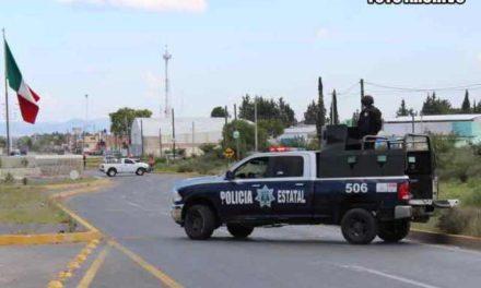 ¡La PEP detuvo a policías municipales de Noria de Ángeles distribuyendo droga en su patrulla de cargo!