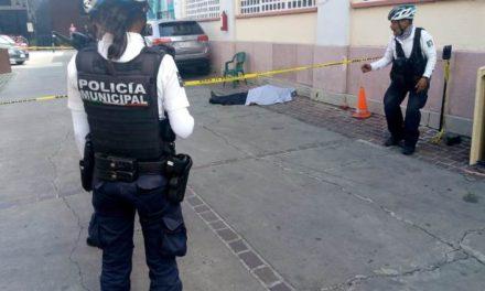 """¡Adulto mayor murió infartado en el """"Quinto Barrio"""" en el Centro de Aguascalientes!"""