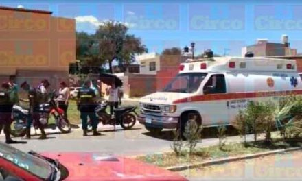 ¡Mujer resultó lesionada tras ser atropellada por un motociclista en Lagos de Moreno!
