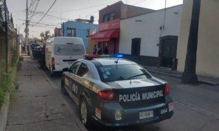 ¡Hombre se quitó la vida en la planta alta de una cenaduría en Aguascalientes!