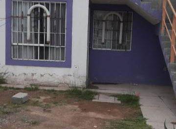 ¡Joven se ahorcó con una camisa de manga larga en el baño de su casa en Aguascalientes!
