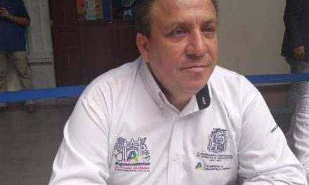 ¡Se clausuró a 11 loteros que invadían las banquetas de avenida Aguascalientes, se continuará con el operativo, advirtió Jaime Gallo!