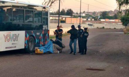 """¡Urbanero mató a otro tras impactarlo con un camión """"YO VOY"""" en Aguascalientes!"""