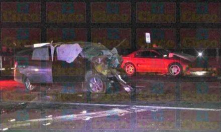 ¡Choque entre 2 autos dejó 4 muertos y 3 lesionados en Fresnillo!