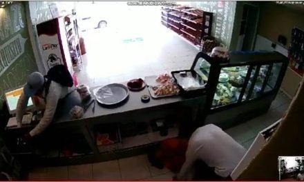 ¡Detuvieron a uno de los dos sujetos que asaltaron una pastelería en Aguascalientes!