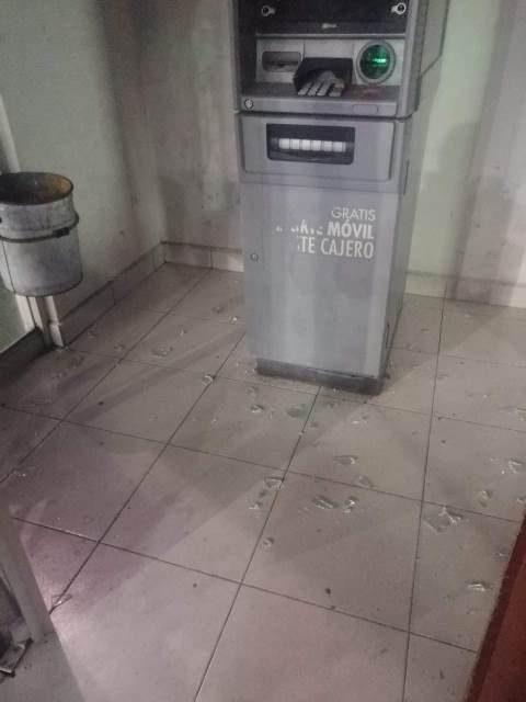 ¡Comando armado y encapuchado intentó robar un cajero automático en Aguascalientes!