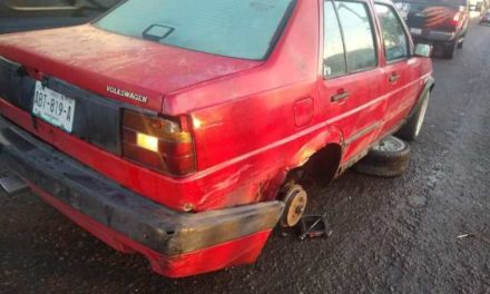 ¡Joven murió atropellado al cambiar una llanta ponchada de su auto en Aguascalientes!