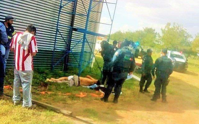 ¡Graves 2 hombres que se electrocutaron en un contenedor de agua en Trancoso!