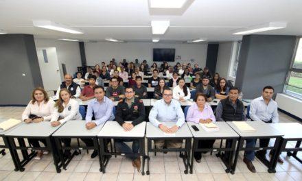 """¡Arranca el titular de la SEDESO el programa """"Becarios 2019""""!"""