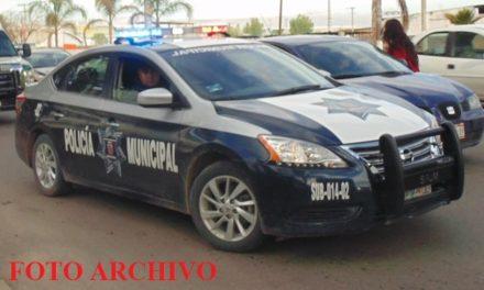 ¡2 delincuentes asaltaron y privaron de su libertad a 3 estudiantes para robarles una camioneta en Aguascalientes!