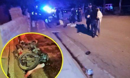 ¡Choque entre una camioneta y una motocicleta dejó 2 muertas y 1 lesionada grave en Aguascalientes!