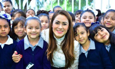 ¡Más de 50 millones de pesos ha destinado Tere Jiménez en mejora de escuelas!