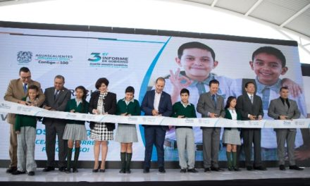 ¡Inaugura Martín Orozco secundaria pionera en nuevo modelo educativo en el país!