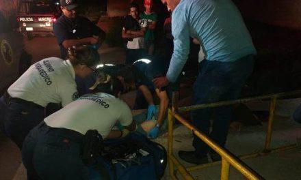 ¡Joven se burló de unos motociclistas que se cayeron y éstos lo balearon en Aguascalientes!
