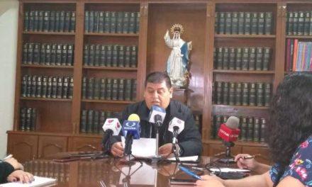 ¡La iglesia está siendo objeto de persecución por el movimiento feminista: Felipe Gutiérrez!