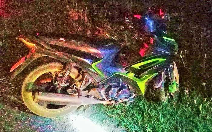 ¡Muere una mujer al caer de una moto en Rincón de Romos, el conductor resultó lesionado!