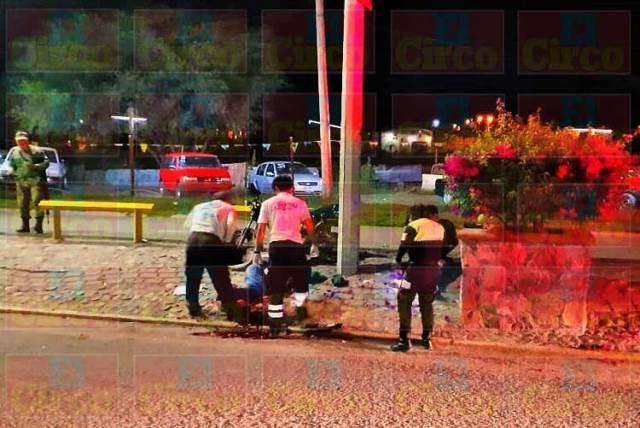¡Motociclista murió tras chocar contra un poste de concreto en Lagos de Moreno!
