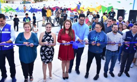¡Inaugura Tere Jiménez parque skate en Loma Bonita!