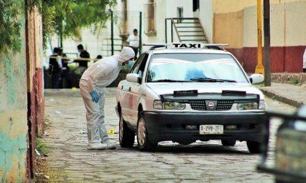 ¡Chofer del taxi 112 se salvó de ser ejecutado por una mujer sicaria en Zacatecas!