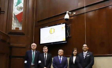 ¡Reconoce Gobierno del Estado aportaciones de la UAA al desarrollo de Aguascalientes!