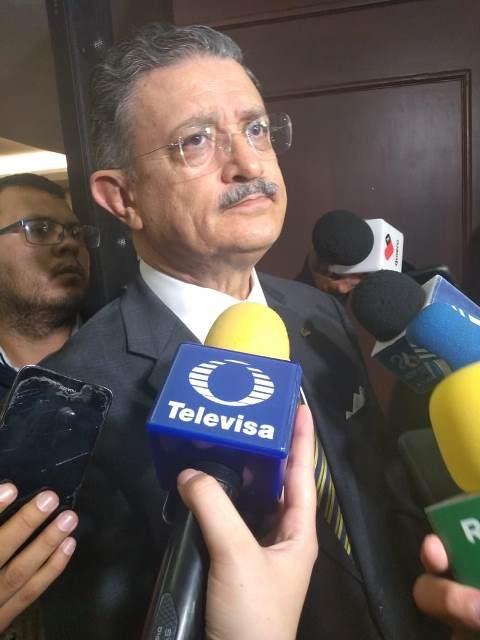 ¡Lamentable que se tipifique la emisión de facturas falsas como delincuencia organizada: Humberto Martínez Guerra!