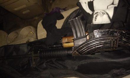 ¡Por la posesión de dos armas, cargadores y cartuchos, Policía Estatal detuvo en Guadalupe a un hombre!