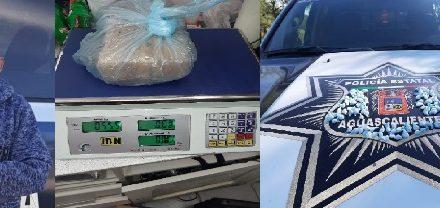 """¡Policías estatales de Aguascalientes detuvieron a otro distribuidor de """"crystal"""" y marihuana!"""
