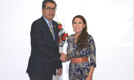 ¡Se reúne Tere Jiménez con fiscal estatal!