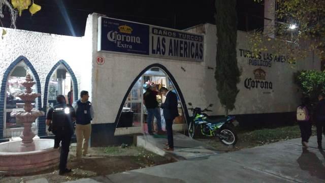 """¡2 pistoleros asaltaron a un adulto mayor y le robaron un reloj Rolex en los """"Baños Turcos Las Américas"""" en Aguascalientes!"""