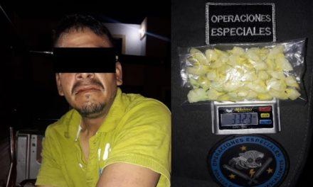 """¡Capturan elementos de la SSPE a presunto distribuidor de narcóticos con 49 envoltorios de droga """"crystal""""!"""