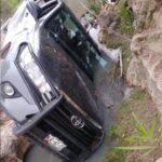 ¡Ejecutaron a 4 hombres en Pinos y provocaron la volcadura de la camioneta que tripulaban!