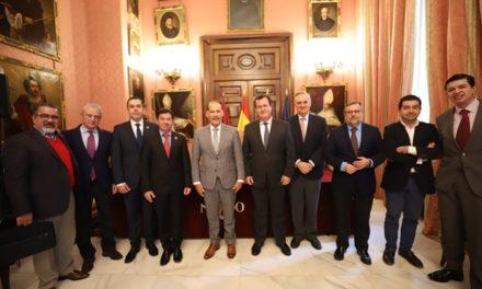 ¡Inicia gobernador acuerdos para hermanar la Feria Nacional de San Marcos con la Feria de Sevilla!