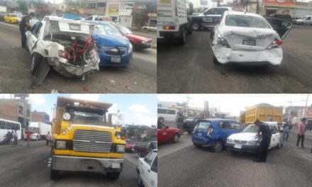 ¡Aparatosa carambola dejó 1 mujer lesionada en Aguascalientes!