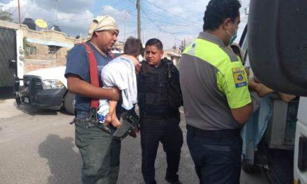 ¡Niños de 4 y 2 años de edad sufrieron quemaduras al caerles encima una olla con agua hirviendo en Aguascalientes!