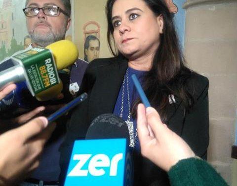 ¡Los choferes de plataforma digital deberán acatar la ley y registrarse: Gladys Ramírez!