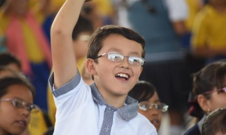 ¡Municipio de Aguascalientes apoya a jóvenes con lentes a bajo costo!