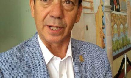 ¡Necesario conjuntar esfuerzos para atender a la población de adultos mayores: Salvador Pérez!