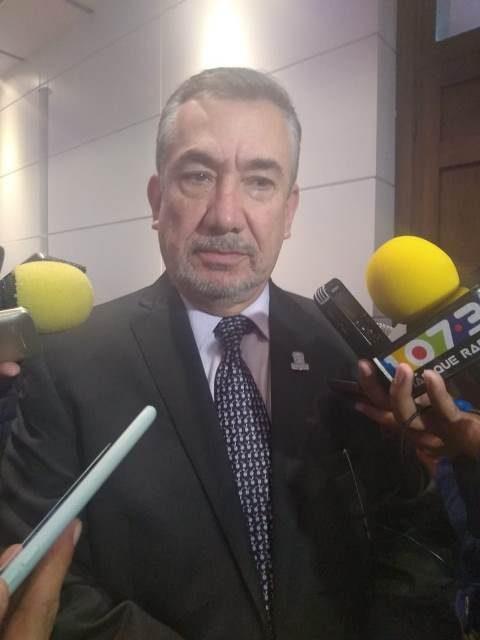 ¡Se analiza el cambio de oficinas gubernamentales a inmuebles propiedad de Gobierno: Jesús Santana!