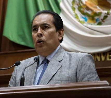 ¡Se castigará a quien insulte o difunda material en redes sociales que atente contra las mujeres: Guillermo Alaniz!