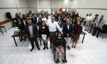 ¡SEDESO y CONALEP Aguascalientes apoyan a estudiantes vulnerables!