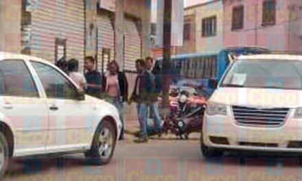¡Identificaron al motociclista baleado en Lagos de Moreno y al que se llevaron sus agresores!