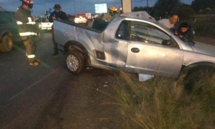 ¡Hombre murió tras estrellar su camioneta contra un poste en Guadalupe!