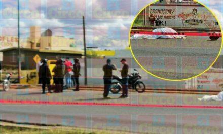 ¡Choque entre 2 motocicletas dejó 1 mujer muerta en Fresnillo!
