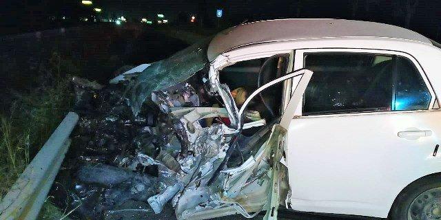 ¡Brutal choque entre un tráiler y un automóvil dejó 1 mujer muerta en Aguascalientes!
