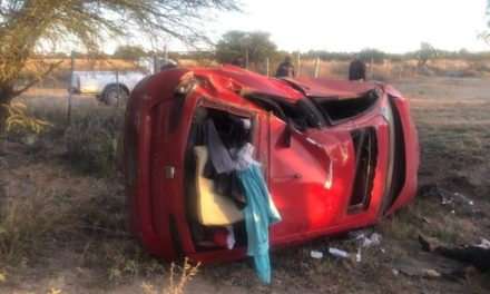 ¡1 muerta y 1 lesionada dejó volcadura de un automóvil en Aguascalientes!