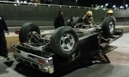 ¡2 lesionados, uno de gravedad, dejó volcadura de una camioneta en Aguascalientes!