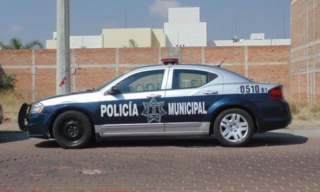 ¡Pistolero asaltó a un cobrador y lo despojó de $16 mil en efectivo que retiró de un banco en Aguascalientes!