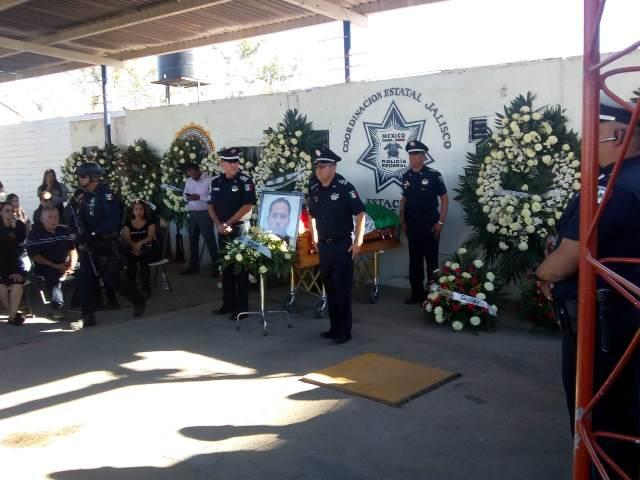 ¡Homenaje póstumo al policía federal que murió en el cumplimiento de su deber en Lagos de Moreno!