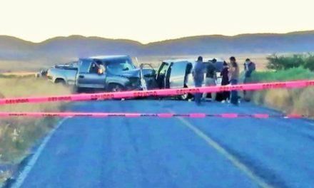 ¡Choque entre auto y camioneta rumbo a Jerez dejó 2 muertos y 7 lesionados!